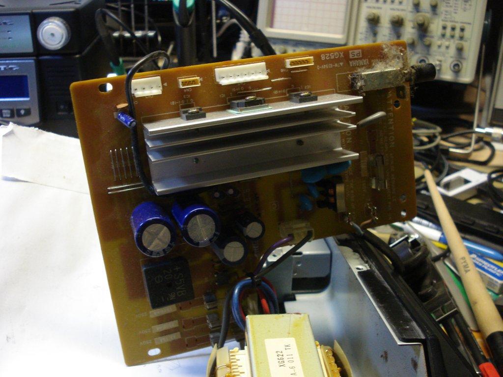 EB5AGV's Workbench: YAMAHA SY77 repair